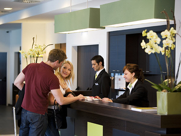 10 Hotel Booking Secrets You Need to Know to Get the Best Deals